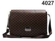 www.clothing.com wholesale GUCCI, LV, COACH, CHANEL bags, purses